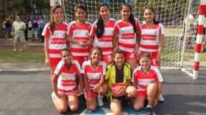 Equipo de balonmano femenino Sub 12, escuela Nuevo Horizonte de Heredia. Campeonas regionales.